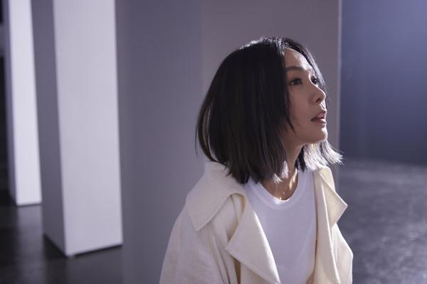 1刘若英2021全新单曲《黄金年代》拋出最深长的省思.jpg